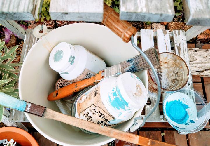 外壁塗装で悩む塗料選び、メーカーを一部ご紹介
