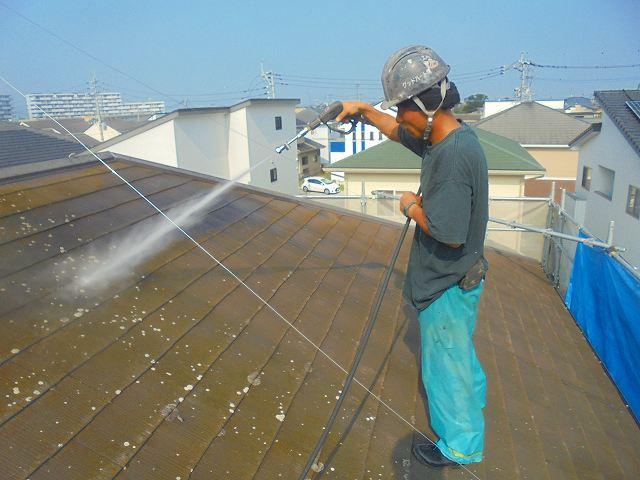 熊本市南区で屋根外壁をバイオ洗浄しました。