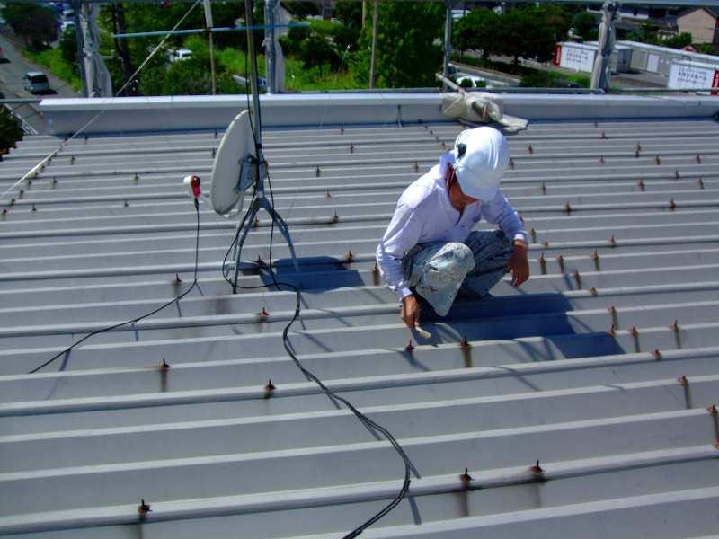 折板屋根ケレン