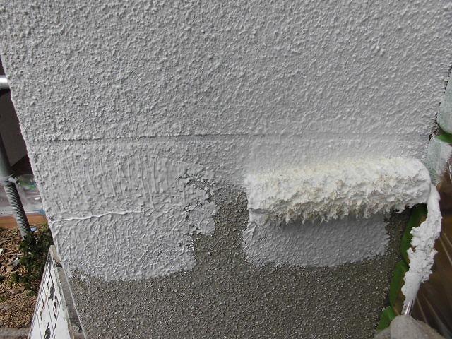 外壁下塗り拡大
