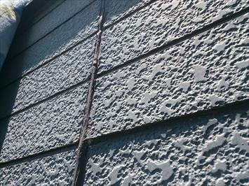 世田谷区梅丘で反りが酷くなったサイディング張りの外壁は張り替え工事が必要です