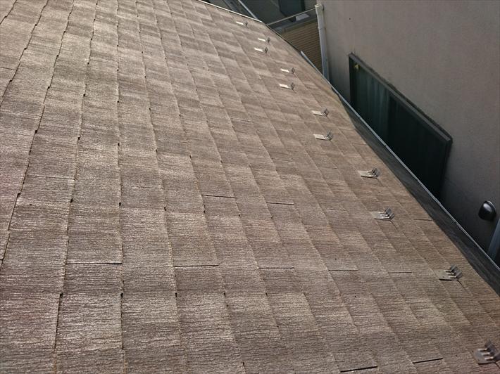 小金井市貫井南町で劣化が進んだ屋根と外壁は塗装工事でメンテナンスします