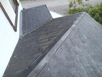 国分寺市新町にて屋根塗装前調査、塗膜が劣化してきたスレート屋根にファインパーフェクトベストによる塗装工事をご提案
