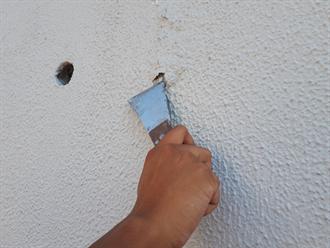 千葉市花見川区にて塗膜の膨れが見られる塀を透湿性の高いパーフェクトトップ(ND-102)で塗り替え