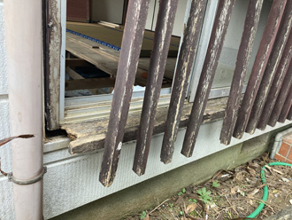 富里市御料にて面格子の腐食についてのご相談、窓撤去工事のご提案