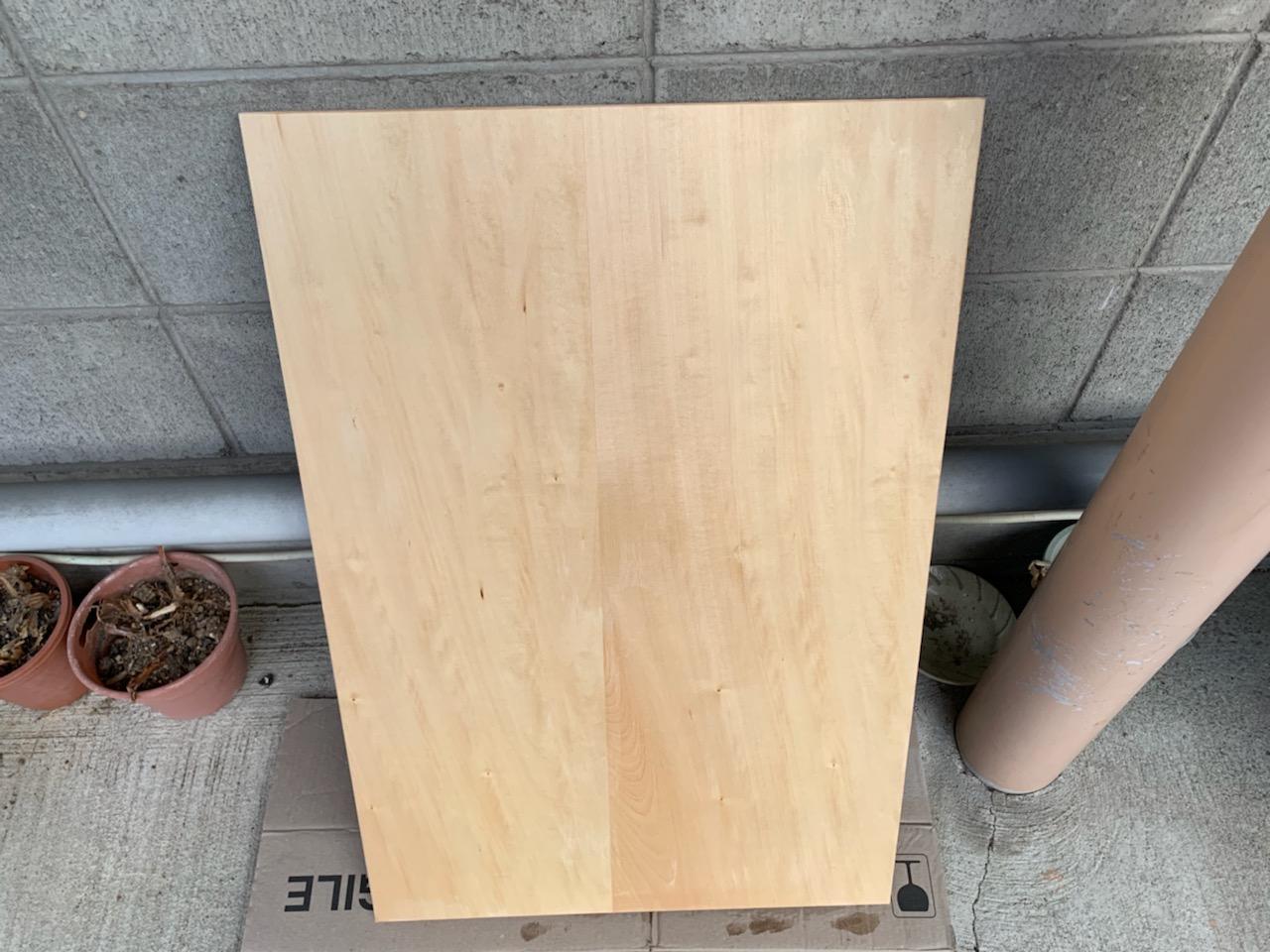福島市泉で使用する可動式間仕切り棚の水染み防止塗装