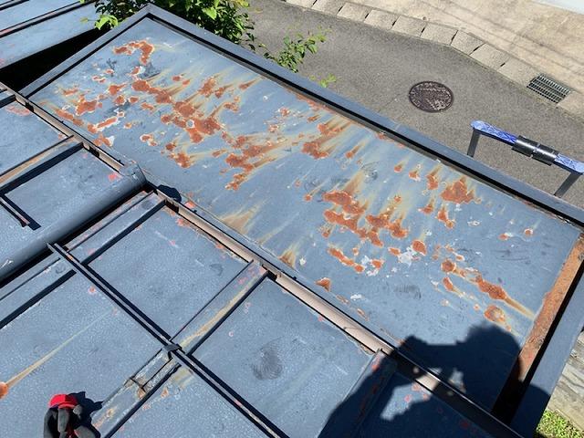 福島市野田町のお客様宅で玄関屋根からの雨漏りについて現調